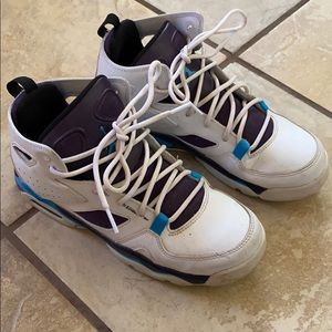 Jordans size 5.5 good used condition